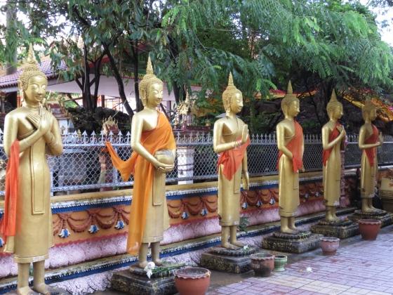 Buddhas at Wat Simuang