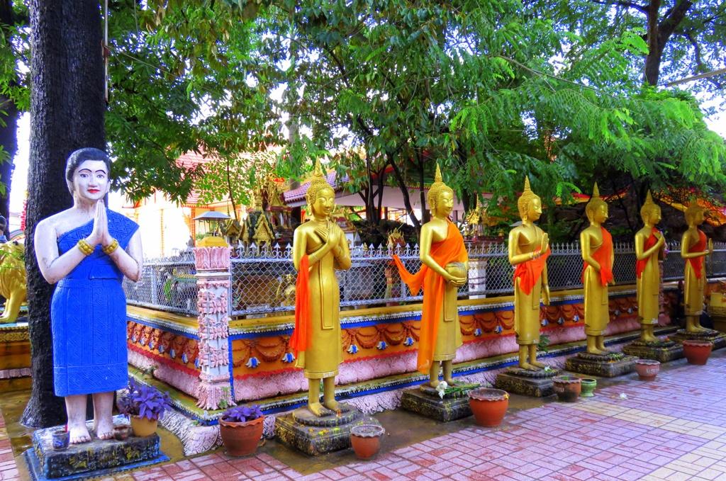 simuang_buddha_statues